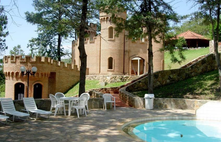hotel atibainha - castelinho (3)