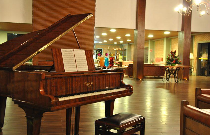 piano-bar-4